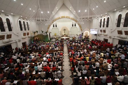 Misa Natal di Katedral Selasa Malam (24/12)