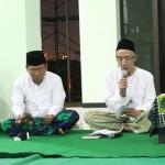Abu Hapsin (kiri) dan KH. Ubaidullah Shodaqoh