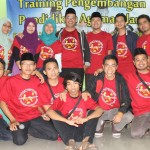 Foto bersama panitia training Pendidikan Agama Islam untuk SMA/SMK se Jateng