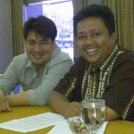 Rosa (kanan) dan Billy (kiri), keduanya penganut Aliran Kepercayaan Maneges Kabupaten Tegal.