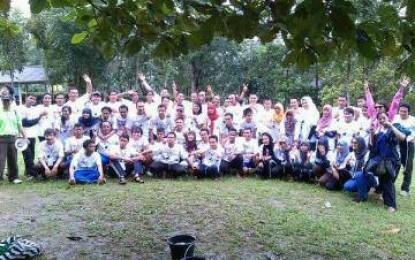 Belajar Keberagamaan, 'Larilah' ke Indonesia