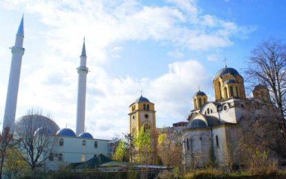 Kisah Tiga Muslim Karyawan Gereja (1)